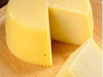 """Сыр коровий полутвердый """"Любижи"""""""