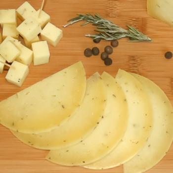 Сыр Качотта выдержанная с травами прованс