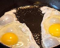"""Яйца от КФХ """"Трушково поле"""". Сравнение с яйцом из птицефабрики"""