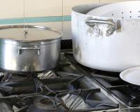 Забытая посуда из алюминия